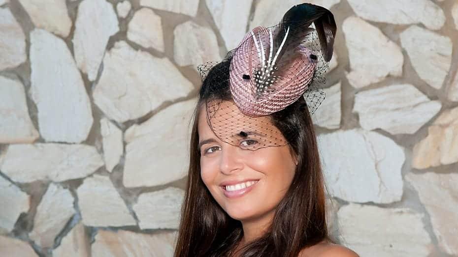 wedding-photographer-marbella-Becky-Sharpe-Fascinators-Sonia-Malaga